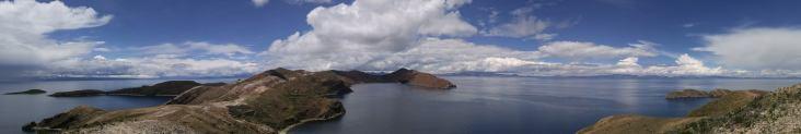 Vista del Lago Titicaca desde la Isla del Sol. Bolivia.