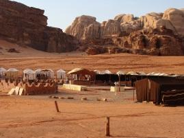 Campamento en el desierto de Wadi Rum.