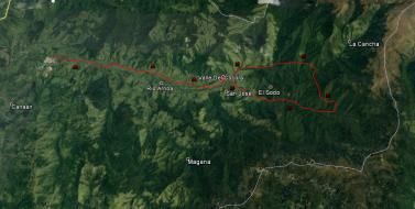 Ruta de Salento al comienzo de la caminata por el Valle de Cocora.