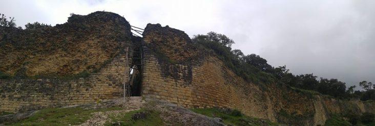 Muralla de Kuélap.