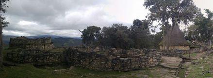 Casas en Kuélap.