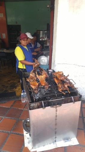 Cocinando Cuy.