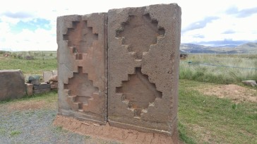 Piedras trabajadas de Puma Punku.